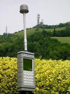 Misura di campi elettromagnetici generati da antenne e linee elettriche